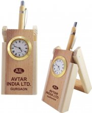 1201 NYD WOODEN PEN STAND WITH WATCH (with One Pen)