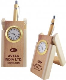 1201 NYD WOODEN PEN STAND